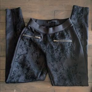 Rock & Republic black snakeskin jeggings/leggings